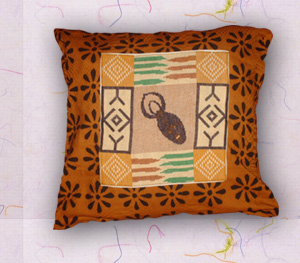 coussin motifs africains